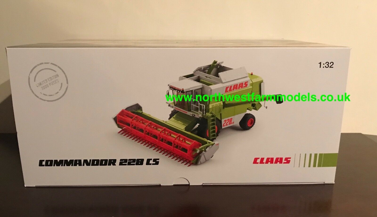 WIKING 1 32 SCALE CLAAS COMMANDOR 228 CS COMBINE HARVESTER LIMITED EDITION NEW