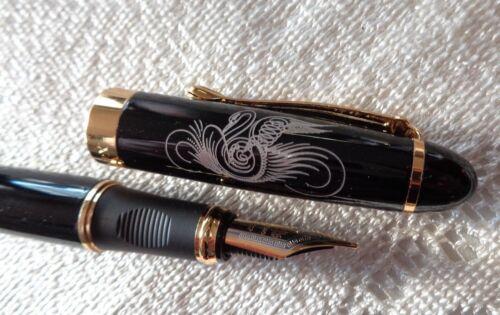 Füllfederhalter schwarz Gold Konverter angeschrieben mit Schwahn gravuar