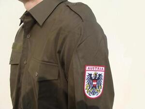hot sale online ca8c3 edceb Dettagli su Camicia uomo verde militare NUOVA Made in Austria 100% cotone  Taglia: L - 41