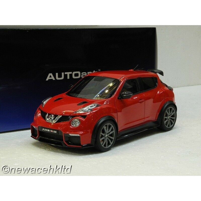 Nissan Juke R 2.0 (Rouge) AutoArt MODEL 1 18  77457