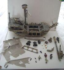 MEGA Bloks Pirates of the Carribean CAPITANO Dread occhi Ghost Ship & le figure 3660