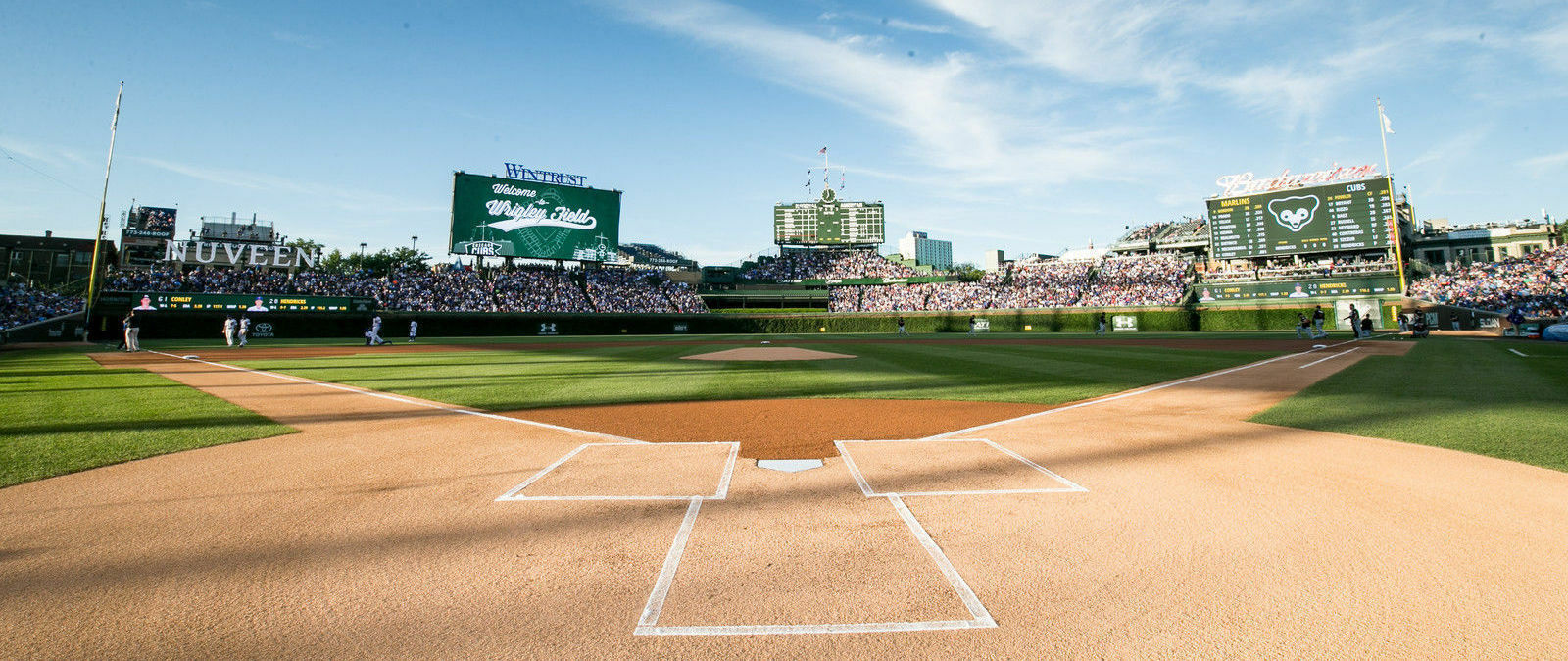 PARKING PASSES ONLY NLCS Tickets: Los Angeles Dodgers at Chicago Cubs (Home Game 2, Series Game 4)