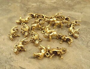20 Gold Tone Pewter BULLDOG Charms -5191
