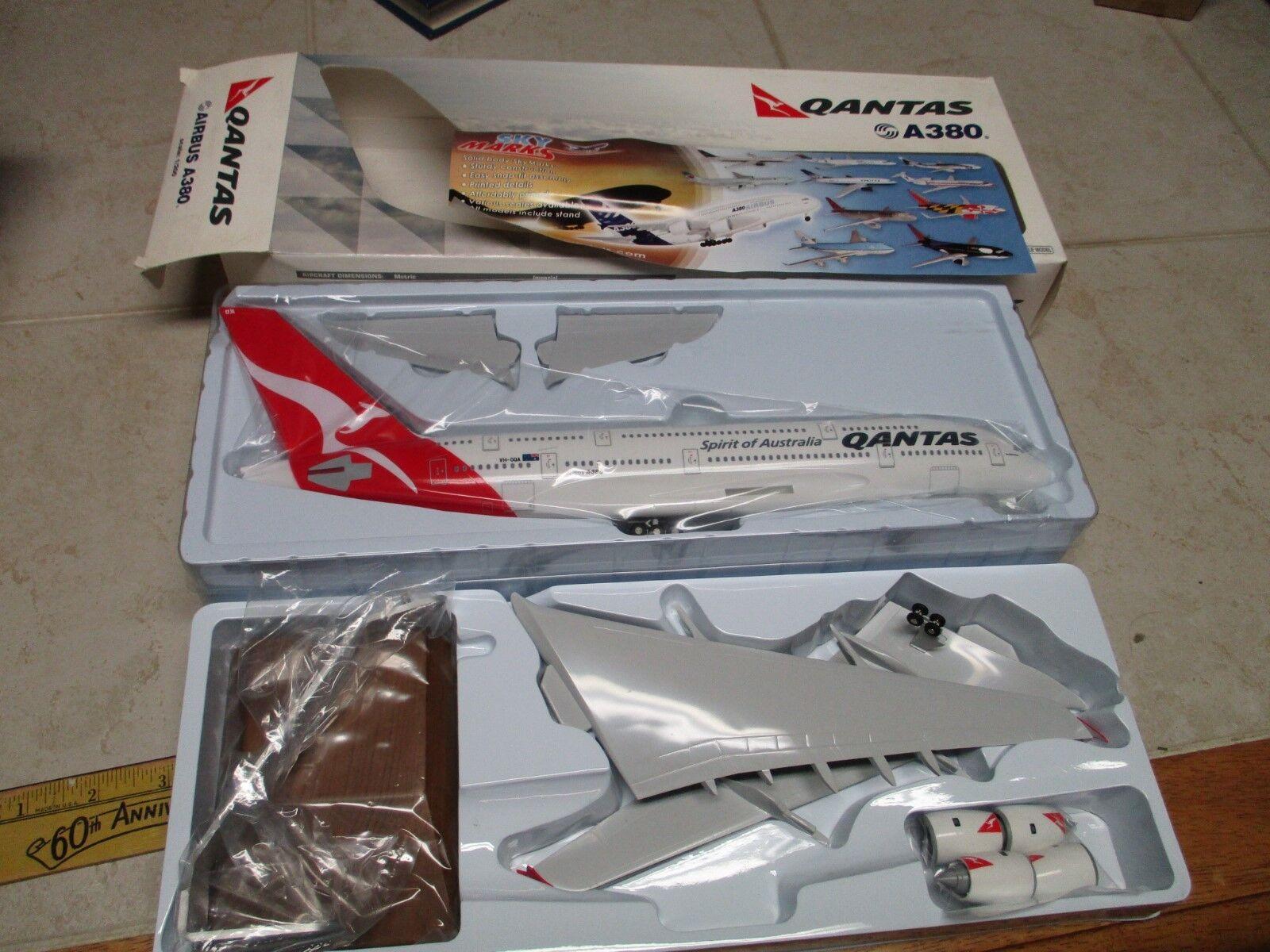 Vintage New Qantas esprit Australie hobbyco A380 échelle 1 200 Modèle réduit d'avion Air Bus