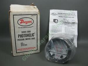 NEW-Dwyer-Photohelic-Series-3000-3003-Pressure-Switch-Gage-25-PSIG-0-3-034-Water