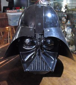 Star-Wars-TRU-STORE-DISPLAY-RARE-Large-DARTH-VADER-HEAD-MASK-Toys-R-Us-Demo