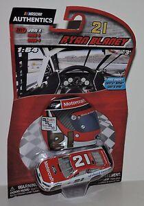2017-RYAN-BLANEY-21-MOTORCRAFT-NASCAR-AUTHENTICS-1-64-W-HELMET-MAGNET