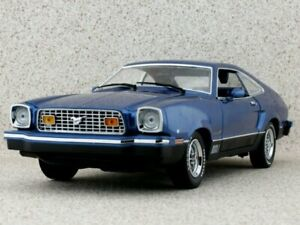 FORD Mustang II Mach I - 1976 - bluemetallic - Greenlight Collectibles 1:18