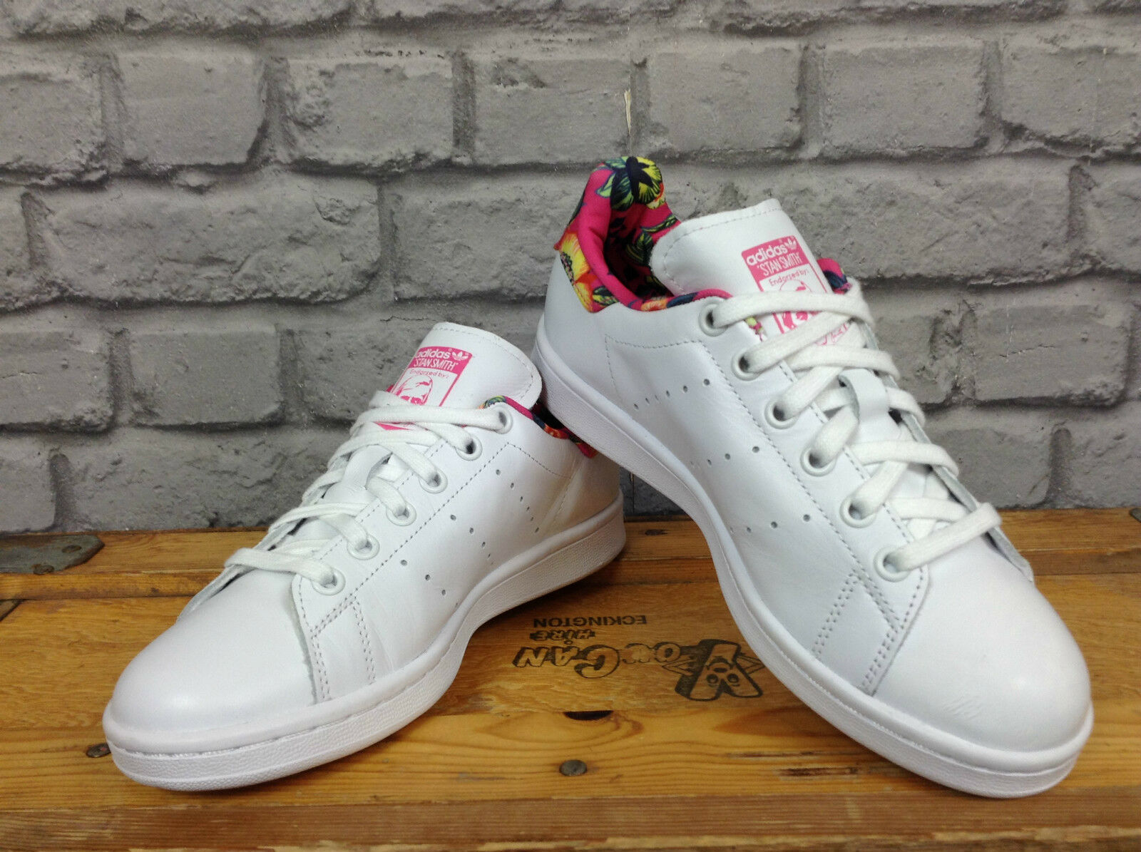 Adidas femmes uk 3 1/2 stan smith rose tropical en cuir blanc baskets * rare *
