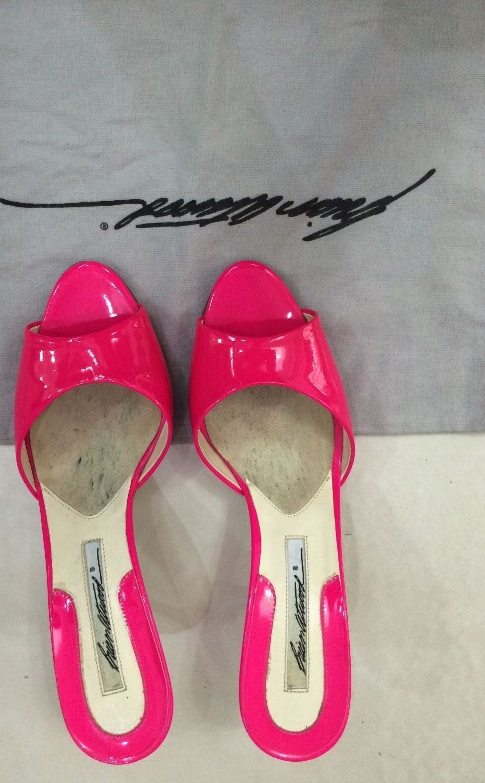 BRIAN BRIAN BRIAN ATWOOD HOT PINK PATENT LEATHER MULES SIZE 6.5 (VERY GOOD CONDITION) f5af84