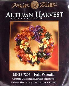 Mill-Hill-Cross-Stitch-Bead-Kit-Autumn-039-Fall-Wreath-039-Pin-18-7206