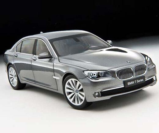 1  18 KYOSHO BMW 750 Li (F02) STIRling GRE ITEM  8781GR