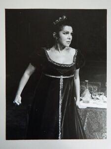 foto-foto-original-Donald-Southern-opera-Tosca-Galina-Vishnevskaya-1977
