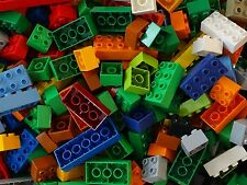 LEGO DUPLO -- 685 BRIQUES MULTICOLORES -- 6 KILOS -- 20 COULEURS ET 6 TAILLES