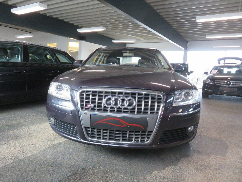 Audi A8 4,2 335 quattro Tiptr. 4d
