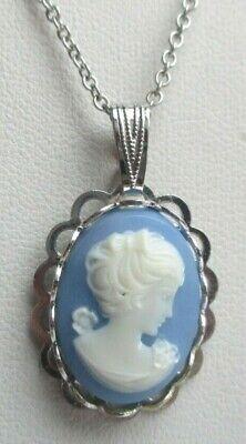 Sensibile Collier Petit Camée Bleu En Résine Pendentif Couleur Argent Bijou Vintage 340