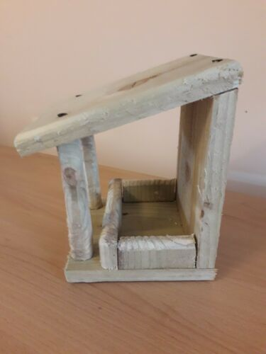 wooden bird feeder from recycled wood