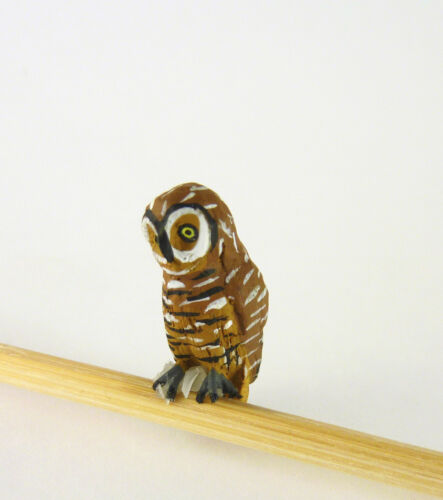 Dollhouse Miniature Pell/'s Fishing Brown Owl Bird EPMC106