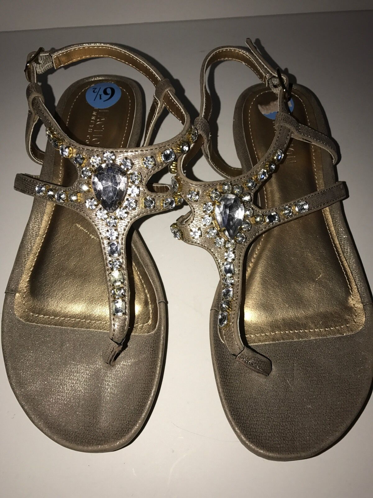 BORN CROWN ALCALA II WOMENS GOLD-TEXTURED T-STRAP LEATHER SANDALS 7M NEW