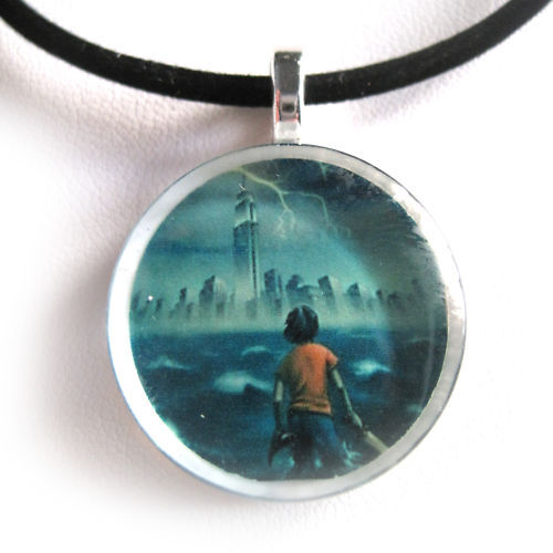PERCY JACKSON Glass Disc Pendant With Necklace