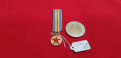 Militaria Other Militaria France Medal Miniature Reduction The Hurt Star Red Ref42881 Pure White And Translucent