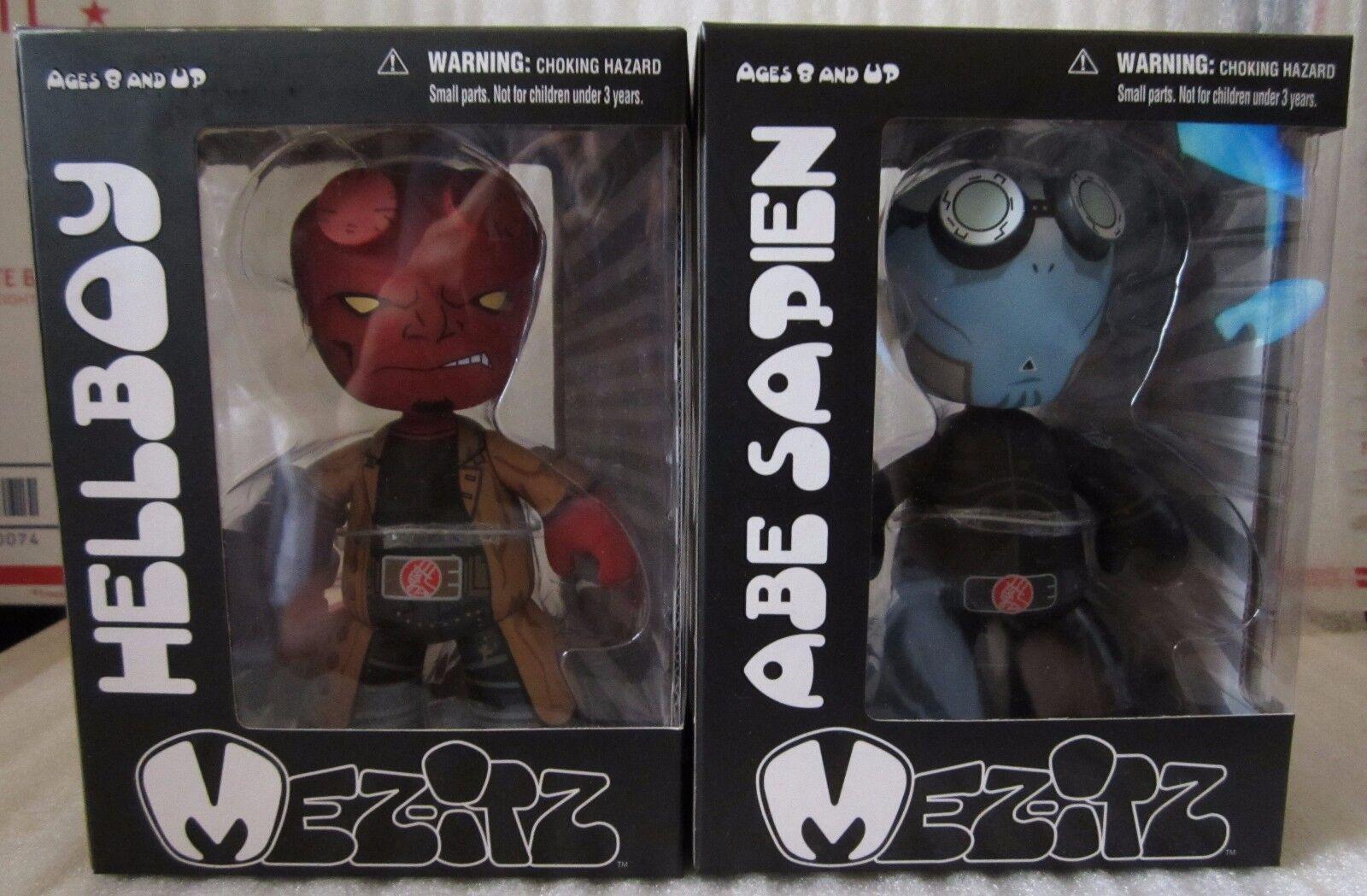 Mezco Toyz Hellboy II The golden Army Mez-Itz Set w Abe Sapien BRAND MISB