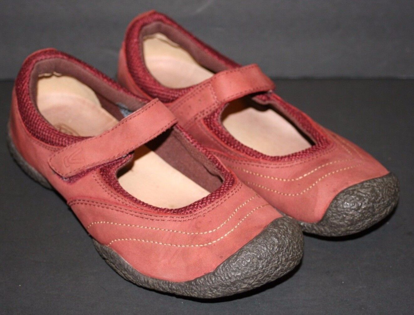 Pre-worn Women's KEEN Red  Amsterdam  Sporty Mary Janes US 7.5,