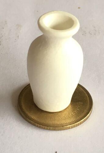 1:12 Scale Unglazed White Ceramic Vase 2.8cm Tumdee Dolls House Ornament W98