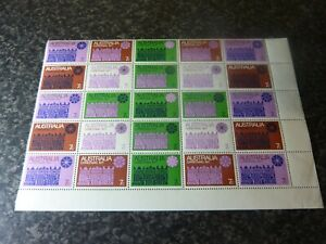 AUSTRALIA-CHRISTMAS-1971-POSTAGE-STAMPS-SG498-504-BLOCK-OF-25-UMM-MARGINAL