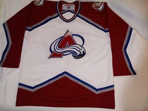 Vintage-rare-Colorado-Avalanche-CCM-Hockey-NHL-Jersey