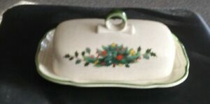 Mikasa-034-Festive-Season-034-Covered-Butter-Dish-New-Made-in-Japan-EB451-Tableware