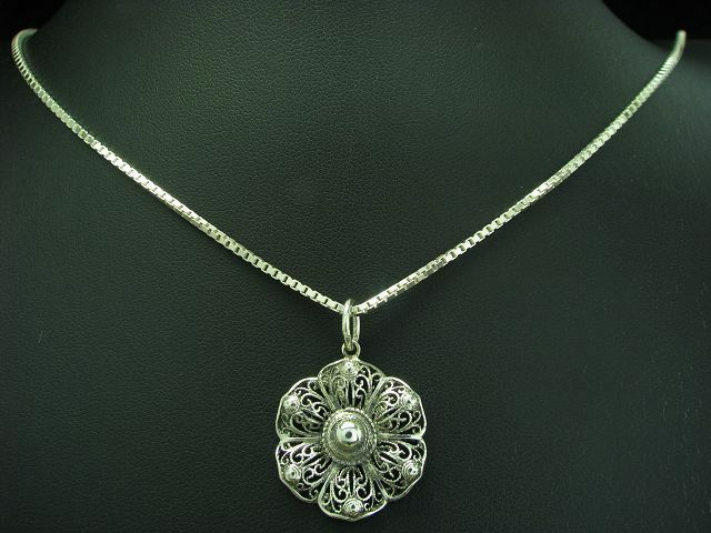 835 silver KETTE & ANHÄNGER MIT FLORALEM MUSTER   ECHTsilver   10,3g   70,5cm