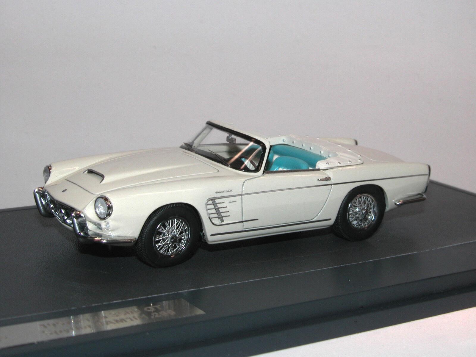 Matrix scale models 1957 Maserati 3500 GT Spyder by Frua  am101.268 bianca 1 43