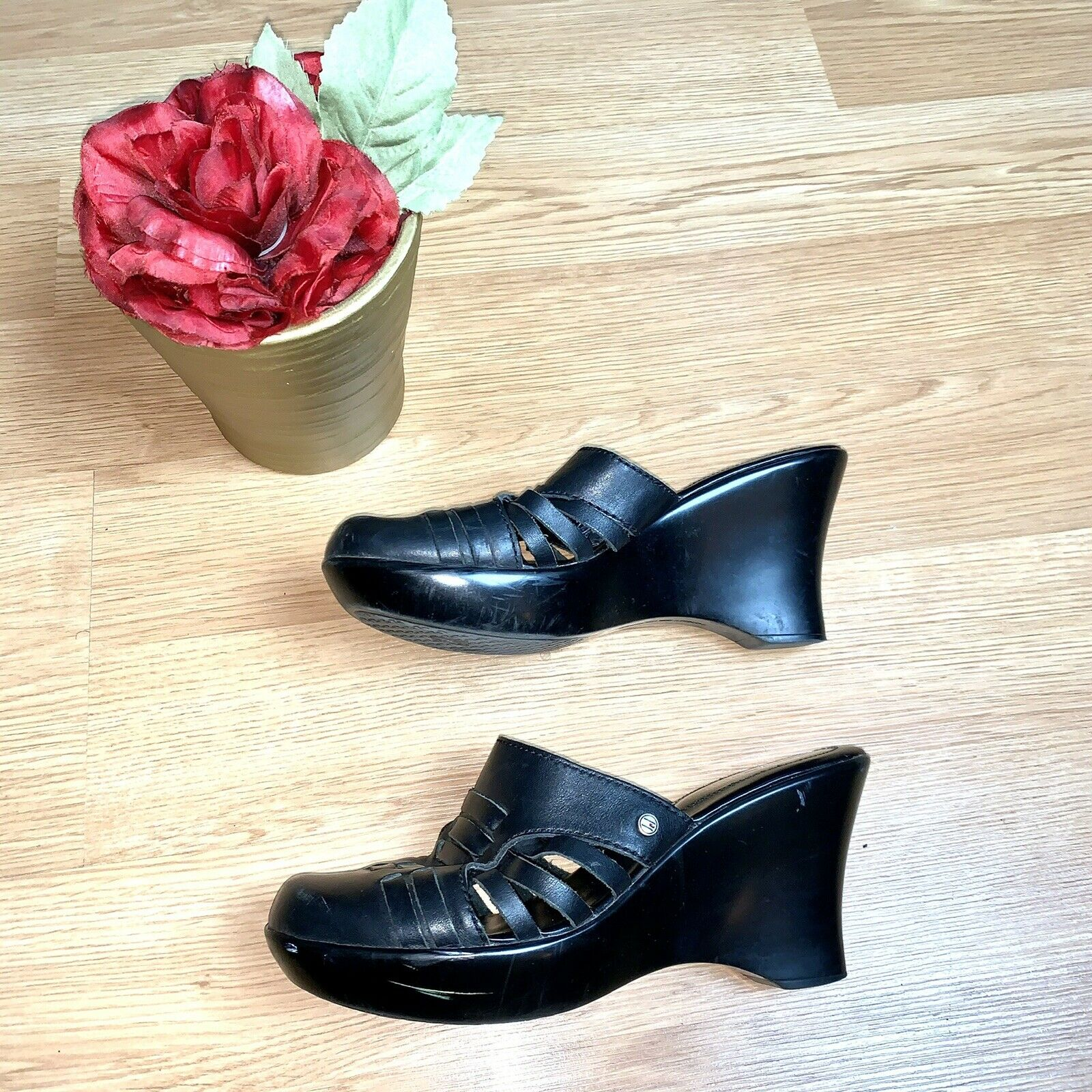 Tommy Hilfiger  Black Mule Leather Wedges Size 8 - image 5