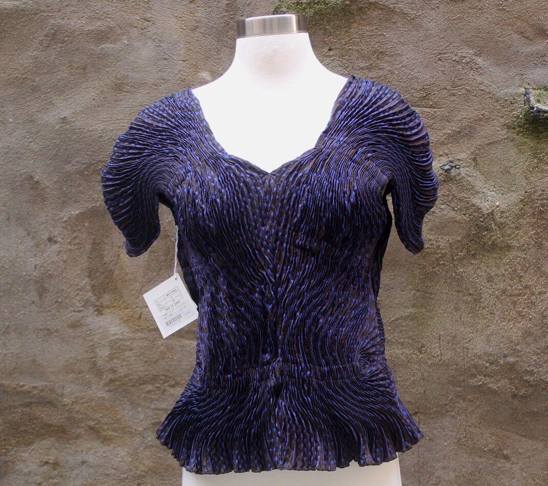 Nuevo con etiquetas Issey Miyake Cap  Sleeve top 3D Vapor Stretch púrpura marrón Talla S M  el mas reciente