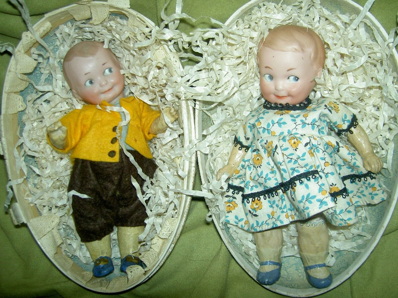 Darling PAIR 1912 German Armand Marseille antique bisque GOOGLY 234 dolls in EGG