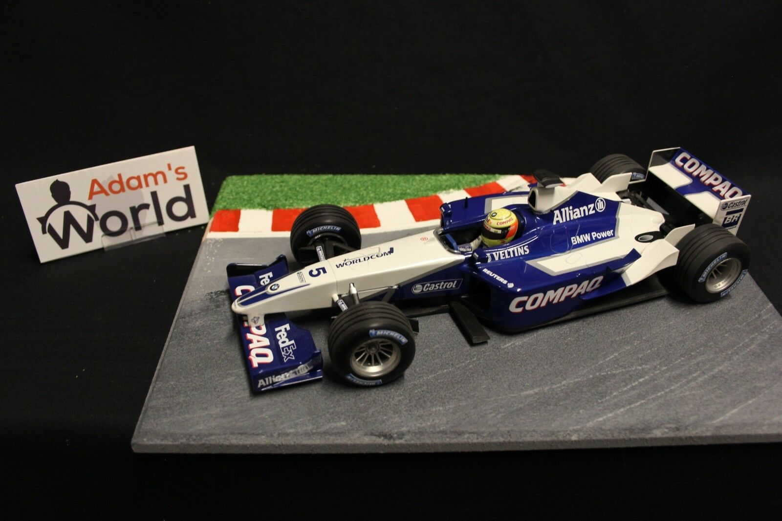 Minichamps Williams BMW show car 2002 1:18  5 Ralf Schumacher  GER   F1NB