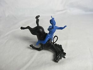 MARX Recast Union Falling Horse & Rider Toy Soldier 2 figures - 54MM - Blue