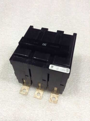 BAB3030H Cutler Hammer 3p 30a 240V Bolt-On Molded Case Circuit Breaker NEW!!
