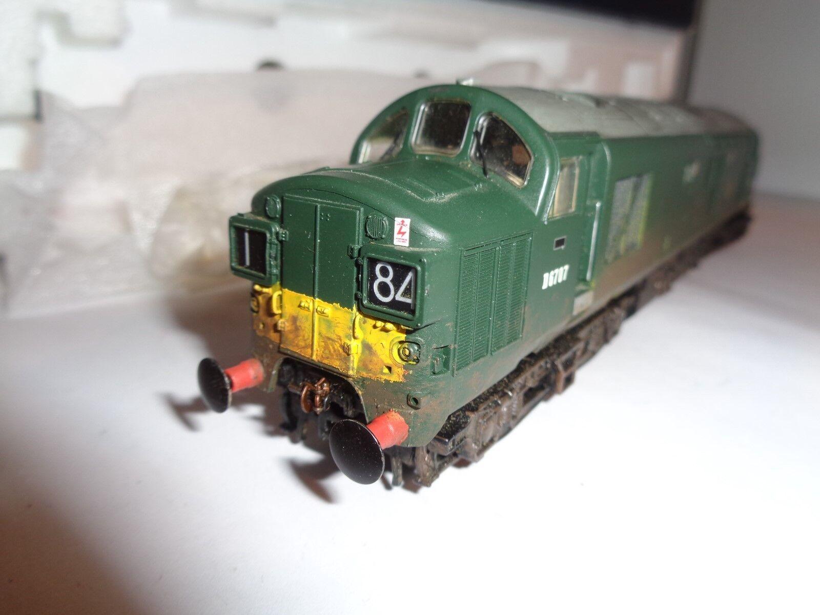 Bachmann klass 37 D6707 i BR grön (Weatherd)