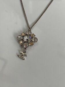 Chanel-Kette-Collier-Necklace-Silber-mit-Swarovski-Kristallen-mit-OVP