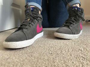 nike pink high top sneakers
