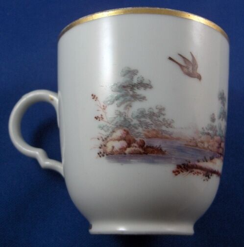 Schöne Antike 18thc Doccia Porzellan Vogel Szene Szene Szene Pokal Tasse Italien Ginori b0d57f