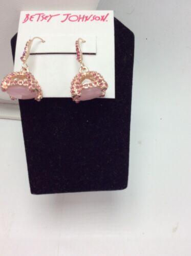 $38 Betsey Johnson Cave Drop Earrings B-151