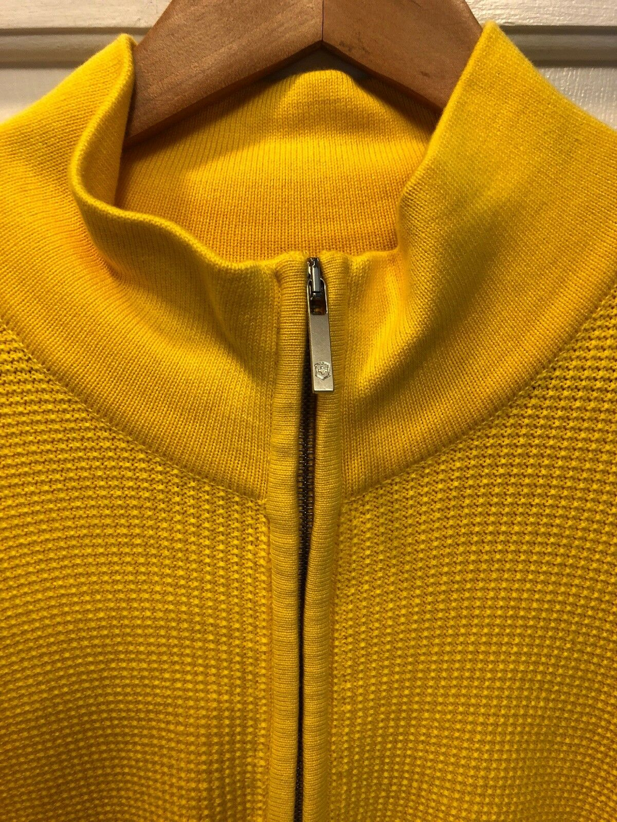 NWT Victorinox Zip Front Cardigan In Sun Yellow L