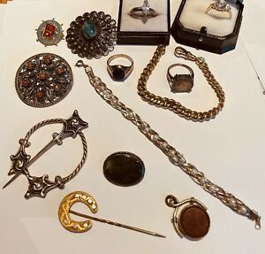 Rare-Opportunity-To-Buy-Old-Jewellery-From-A-Retired-Jewellers-Attic