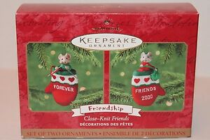 Hallmark Ornament Close-Knit Friends Friendship 2 Pieces New Old Stock 2000