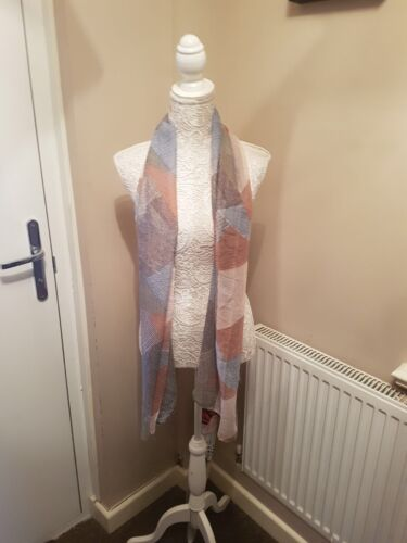 Greys And Blues Scarf Wrap Lovely Good Size And Material Pink Shawl
