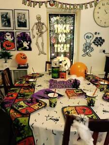 HALLOWEEN-Decorations-BALLOONS-Banners-GAMES-Tableware-CLEARANCE-PRICES