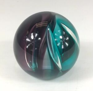 Vintage-Scottish-Caithness-Sumitor-Glass-Paperweight-7-5cm-In-Height